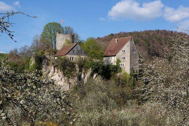 Les grandes tables des châteaux suisses